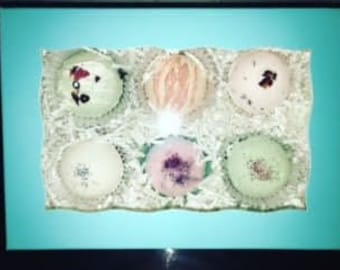 Assorted or Customized 6 Pack of Bath Bombs