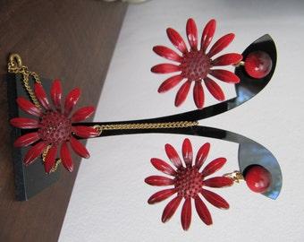Vintage Enamel Red Flower Pendant & Earrings set