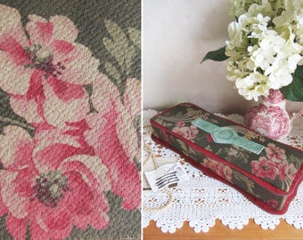 Ravishing antique Art Nouveau French boudoir box~Shabby pink roses~Beautiful shape~Rare cartouche on lid~Faded grandeur!~Cretonne & velvet