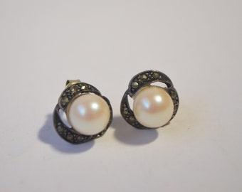Vintage Sterling Silver 925 Marcasite Pearl Stud Earrings