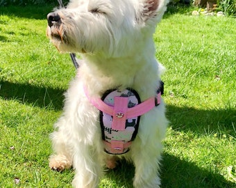 Dog harness, chest plate with adjustable straps from Woody Westie Designs