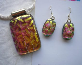 Pink & Gold Matching Dichroic Glass Jewelry Necklace and Earrings Set 925 Sterling French Hooks Pink Jewelry Dangle Drop Color Shifting