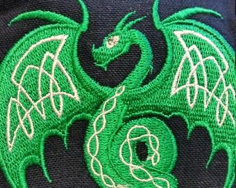 CP557. Coin purse with Celtic dragon design.