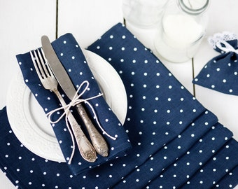 Blue polka dot linen napkin cloths - Thanksgiving napkins -  Softened linen napkins - navy linen napkins - dinner napkins