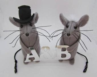 Felt Mice Wedding Cake Topper - Mouse Cake Topper - Bride & Groom Mice  - Initial Wedding Cake topper - Letter Cake Topper