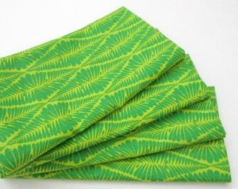 Cloth Napkins - Set of 4 - Apple Green Abstract Diamonds  - Wedding, Dinner, Table, Everyday