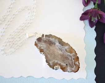 Geode Necklace Silver, Crystal Necklace, Geode Agate Slice, Boho Jewelry, Druzy Pendant, Natural Geode, GS35