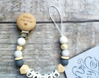 Pacifier clip in silicone and natural wood. Customizable