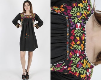 Oaxacan Dress Mexican Dress Boho Wedding Dress Black Dress Ethnic Dress Vintage 70s Bright Floral Embroidered Cotton Fiesta Mini Dress S
