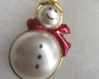 Cutest jelly belly snowman Christmas brooch.