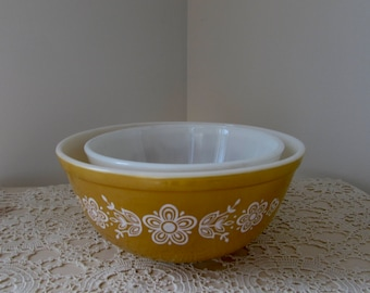 Pyrex Mixing Bowl Set of Two Pyrex Bowls Butterfly Print
