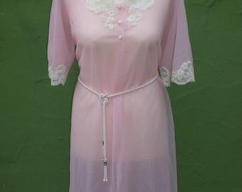 Vintage Kayser 60s Pale Pink and Lace Chiffon Boudoir Swing Robe Large