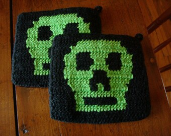 Skull Potholders for Men, Green and Black, Hand Crocheted for Boyfriend, Husband, Brother, Dad, Boy, Unisex Gift or Present Hostess Birthday