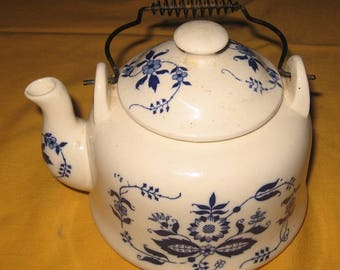 "Blue and white china ""Onion"" pattern Teapot"