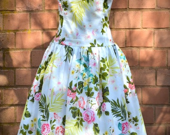 Floral swing dress with sweetheart neckline
