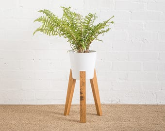JAM Plant Pot With Stand