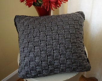 Reversible black and gray pillow, crochet pillow, decorative pillow, pillow crochet, throw pillow