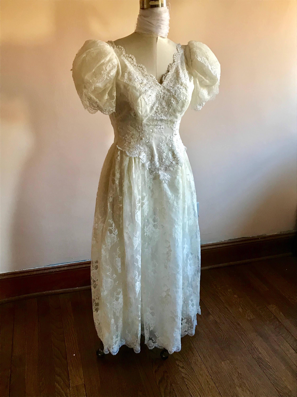 80s Wedding Dress, Short Sleeve, Ivory Dress, Lace Trim, Beaded ...