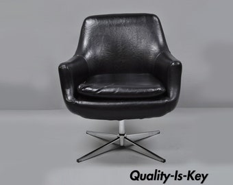 Exceptional Vintage Mid Century Modern Chrome Black Vinyl Swivel Office Pod Desk Chair  Overman