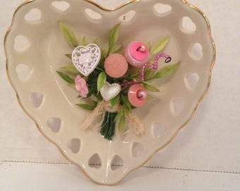 Valentine Button Bouquet~Lennox Heart/Country Shabby Cottage Chic Home Decor