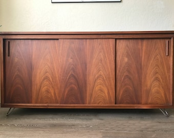 SOLD * Mid Century Barzilay Console Cabinet with Garrard A70 Turntable | Mid Century Stereo Credenza