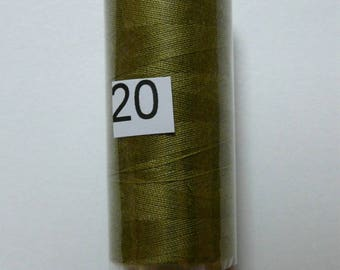 Reel 360 m olive green polyester thread