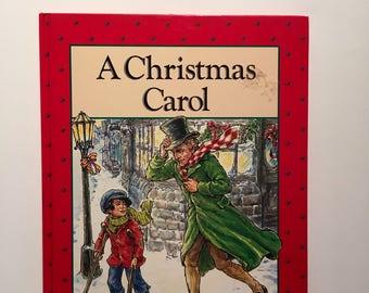 A Christmas Carol    Ebenezer Scrooge  Hard Back Book   Children's Classic