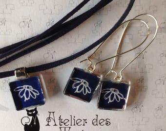 All Choker velvet pendant and earrings