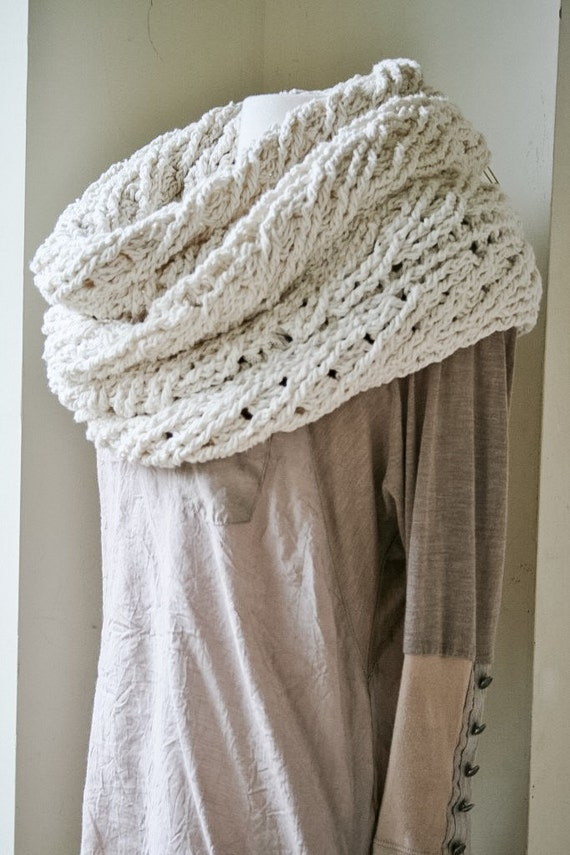 Gehäkelter Schal Schal von Sullivan Häkelmuster Damen