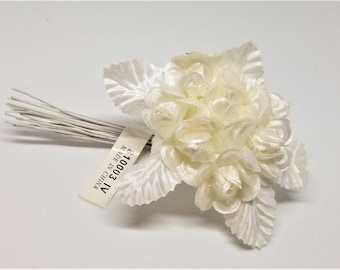 White or Cream Small Flowers - 12 pieces per pack