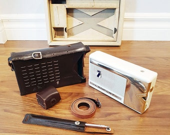 Vintage 1960 Lanport 10 Transistor Radio, With Leather Case, Made in Japan