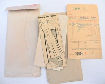 Vintage  40s Slip and High Waist Panties Sewing Pattern, May Be Dress Pattern,  Mail Order 8159, Fitted Slip, Tap Panties, Size 40 Bust