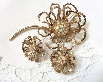 Sarah Coventry Allusion Brooch and Earrings Set, Aurora Borealis Rhinestones, Flower Brooch and Earrings, Excellent Condition, 1970s