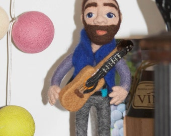 Needle felted sculpture Guitar Player. Interior doll Guitarist. Gift for musician. Musician art doll. Birthday gift. Cafe decor.