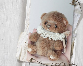 Pattern of a small teddy bear.  5,3 inches (13cm) tall.