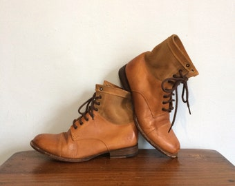 Vintage 80s FRYE Lace Up Western  Roper Ankle Boots / Brown Two Tone Suede Leather Combat Boots / Camping Hiking Boots / Size 7