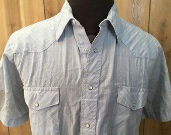 Vintage Wrangler Blue/Gray Striped Shortsleeve Cowboy Pearl Snap Button Down Shirt - vintage shirt - cowboy shirt - vintage clothing (XL)