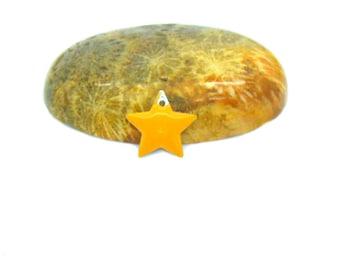 10 orange stars clear 12mm sequins