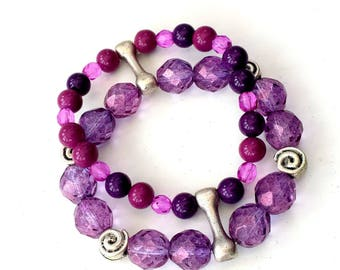Purple Agate and Czech crystals with silver details, stretch bracelet