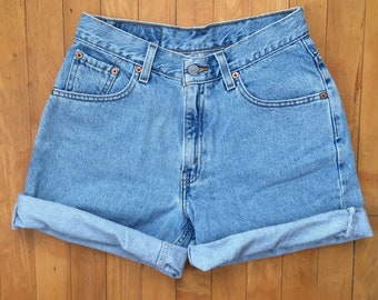 Vintage Levi's High Waisted Light Wash Denim Shorts