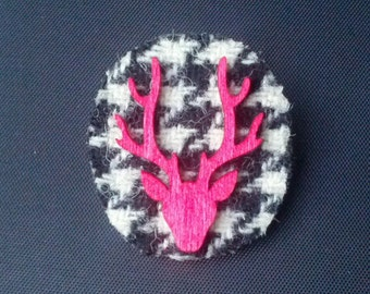 Black & white houndstooth tweed and red wooden Stag brooch. *Free UK delivery*