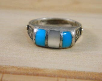 Mens Turquoise and Mother of Pearl Ring, Vintage Sterling Silver Native American Old Pawn Ring, Indian Ring Size 10, Vintage Silver Ring