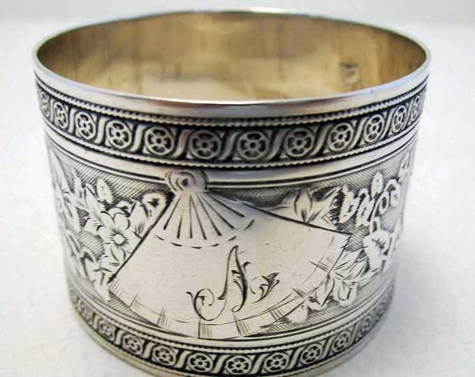 Featured listing image: Beautiful Antique French (c1890) Solid Sterling Silver Hallmarked Serviette NAPKIN RING. 19th-century. GUILLOCHE Tumpet Vine.