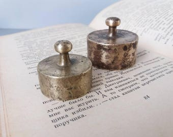 Antique Paperweight Vintage Brass Weight Antique Brass Scale Weights Set of 2 Miniature Weights Rustic Decor Metal Weight Scale Weights