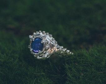 Opal crown ring