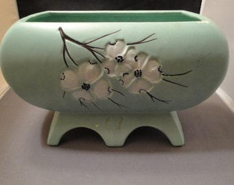 """Vintage McCoy Aqua Green With White Dogwood Blossoms Planter/Vase 6 Footed, 5.5"""" Tall"""