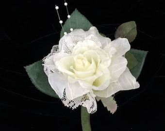 White Lace Rose Boutonniere