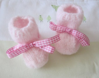 "Soft newborn baby ""rose"" - handmade knit booties"