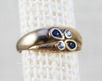 10K Gold Modernist Style Sapphire and Diamond Tear Drop Textured Ring