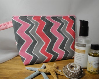 Cosmetic Pink and Gray Zippered Makeup Toiletry bag